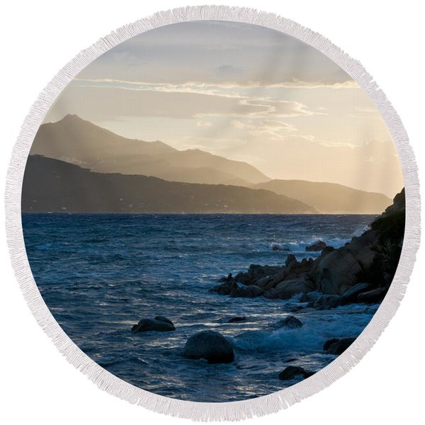 Sunset In Elba Round Beach Towel