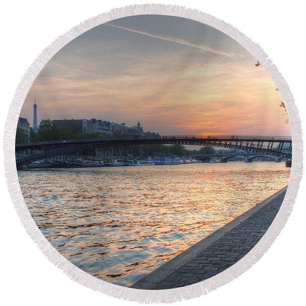 Sunset On The Seine Round Beach Towel