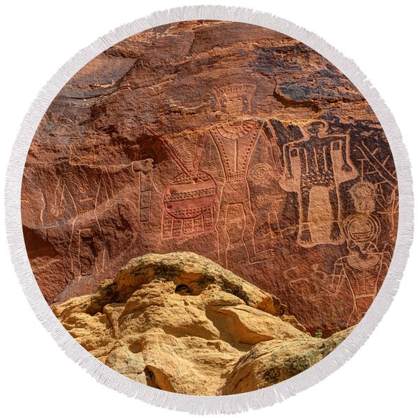 Three Kings Petroglyph - Mcconkie Ranch - Utah Round Beach Towel