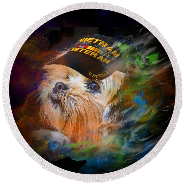 Tribute To Canine Veterans Round Beach Towel