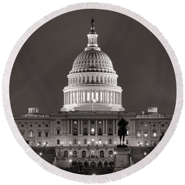 United States Capitol At Night Round Beach Towel