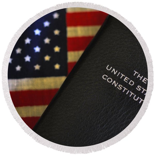 United States Constitution And Flag Round Beach Towel