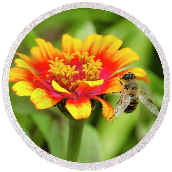Working Bee Round Beach Towel