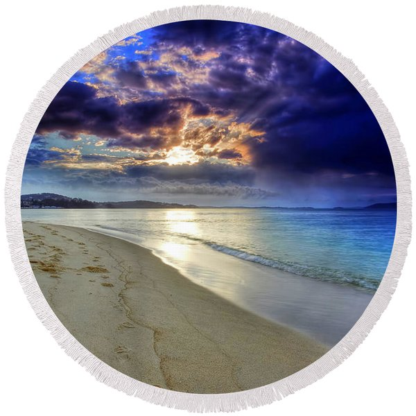 Port Stephens Sunset Round Beach Towel