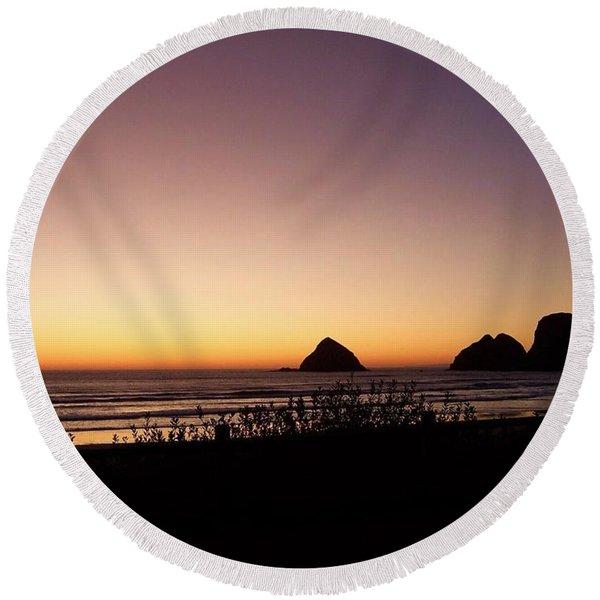 Oregon Coast 16 Round Beach Towel