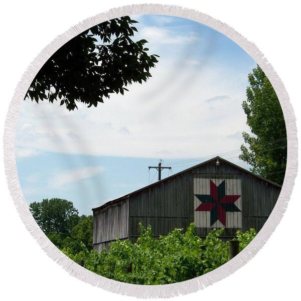 Quilted Barn And Vineyard Round Beach Towel