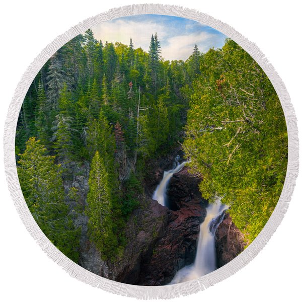 Devil's Kettle  Round Beach Towel