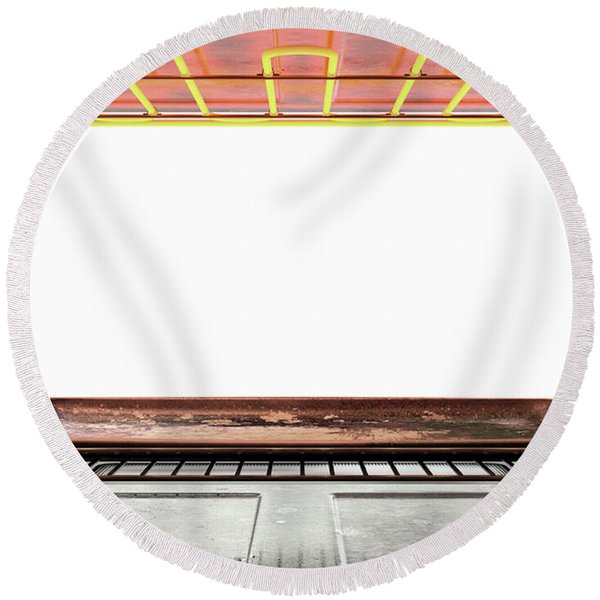 Inside The Oven Round Beach Towel