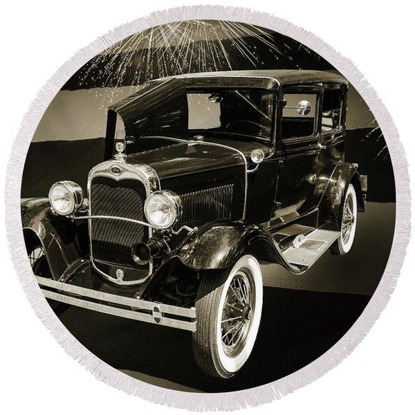 1930 Ford Model A Original Sedan 5538,16 Round Beach Towel