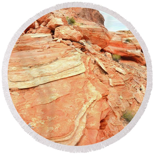 Valley Of Fire High Country Round Beach Towel