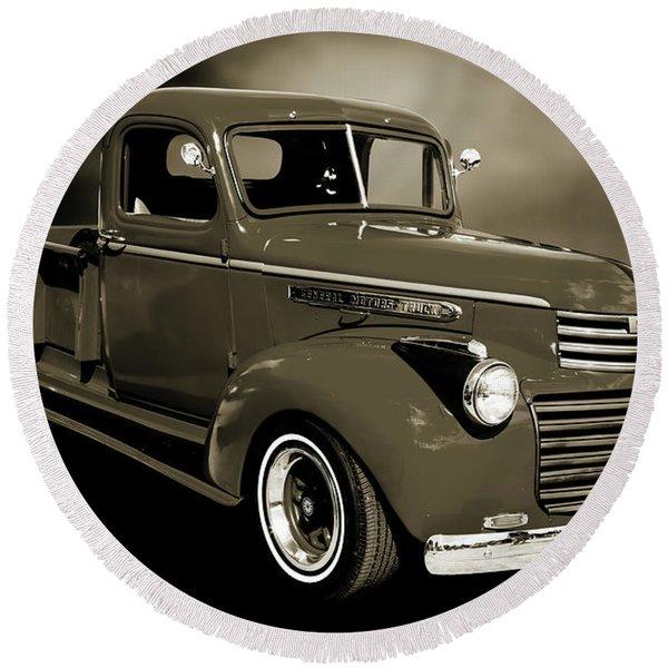 5514.04 1946 Gmc Pickup Truck Round Beach Towel