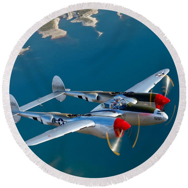 A Lockheed P-38 Lightning Fighter Round Beach Towel