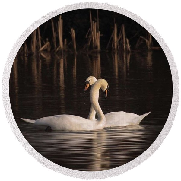 A Painting Of A Pair Of Mute Swans Round Beach Towel