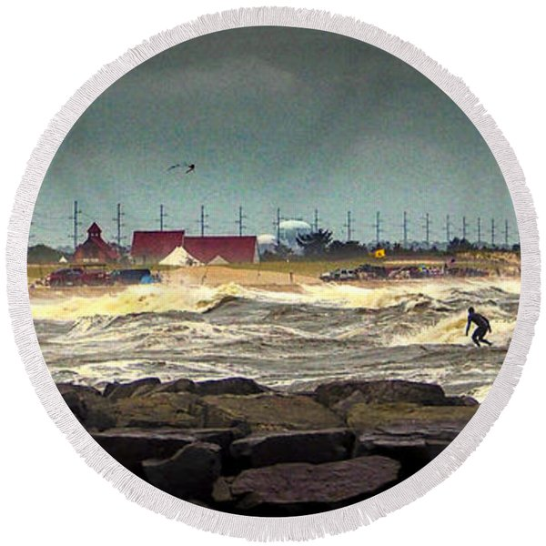Angry Surf At Indian River Inlet Round Beach Towel