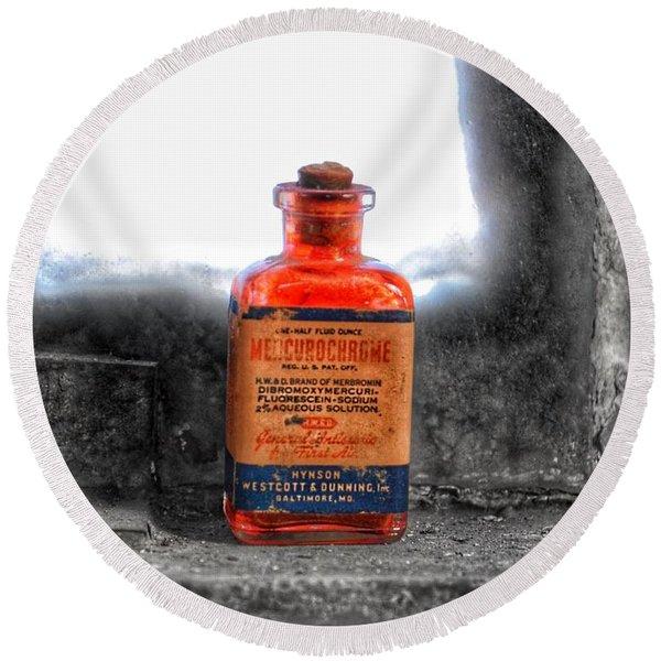 Antique Mercurochrome Hynson Westcott And Dunning Inc. Medicine Bottle - Maryland Glass Corporation Round Beach Towel