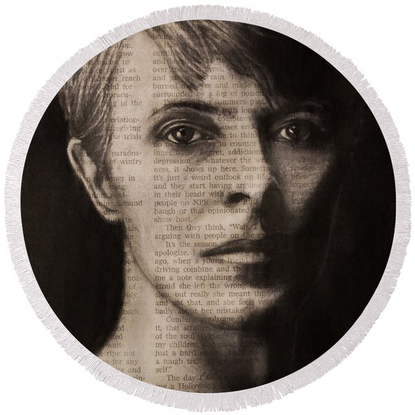 Art In The News 78-bowie Round Beach Towel