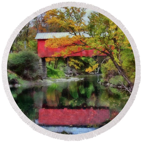 Autumn Colors Over Slaughterhouse. Round Beach Towel
