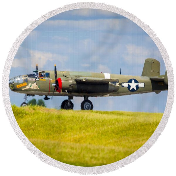 B-25 Landing Original Round Beach Towel