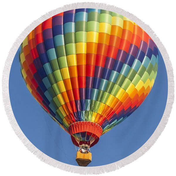 Ballooning In Color Round Beach Towel