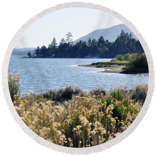 Big Bear Lake Shoreline Round Beach Towel