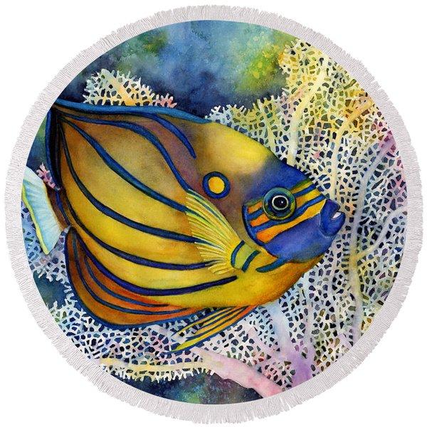 Blue Ring Angelfish Round Beach Towel