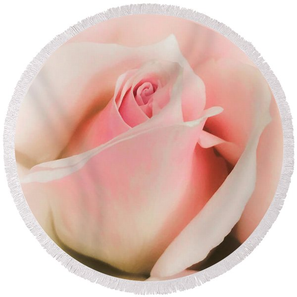 Blushing Petals Round Beach Towel