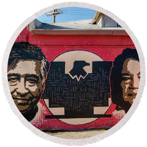 Cesar Chavez And Dolores Huerta Mural - Utah Round Beach Towel