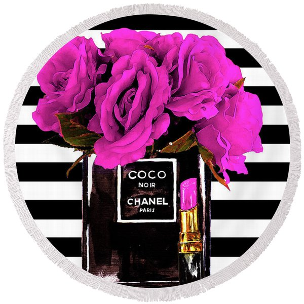Chanel Noir Perfume With Flowers Round Beach Towel