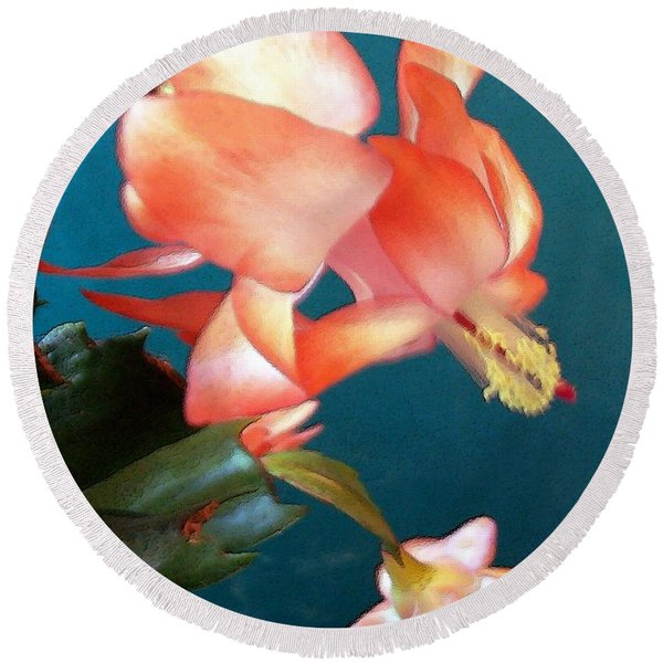Christmas Cactus Round Beach Towel