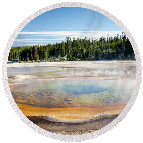 Chromatic Pool Geyser Round Beach Towel