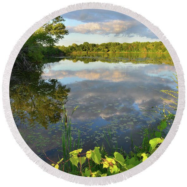 Clouds Mirrored In Snug Harbor Round Beach Towel