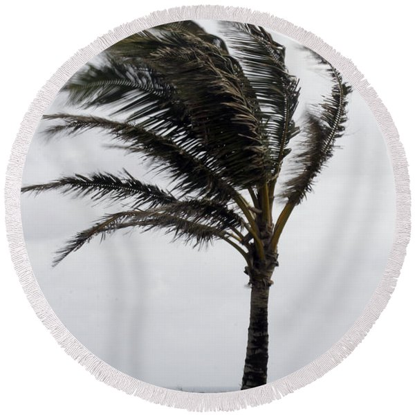 Coastal Winds Round Beach Towel