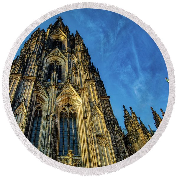Cologne Cathedral Afternoon Round Beach Towel