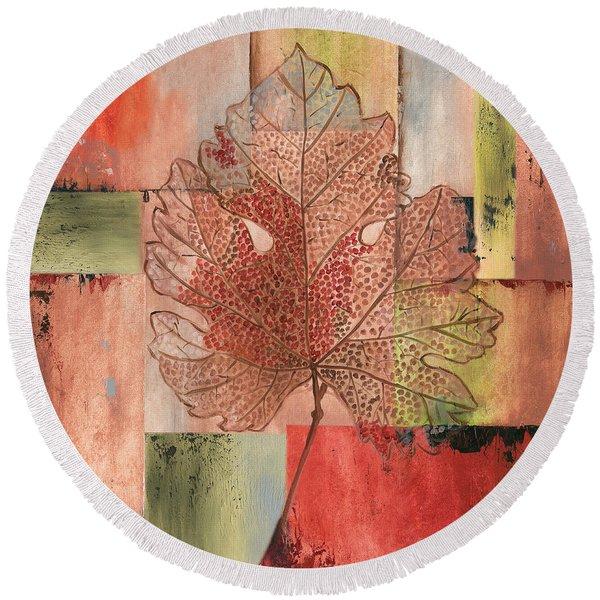 Contemporary Grape Leaf Round Beach Towel