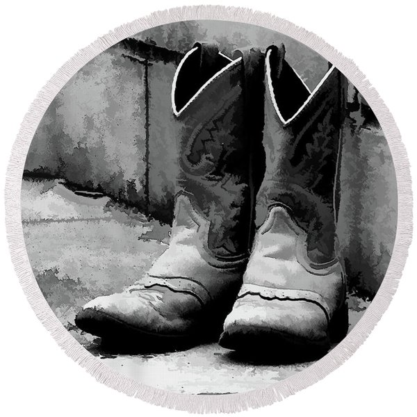 Cowpoke Boots Bw Round Beach Towel