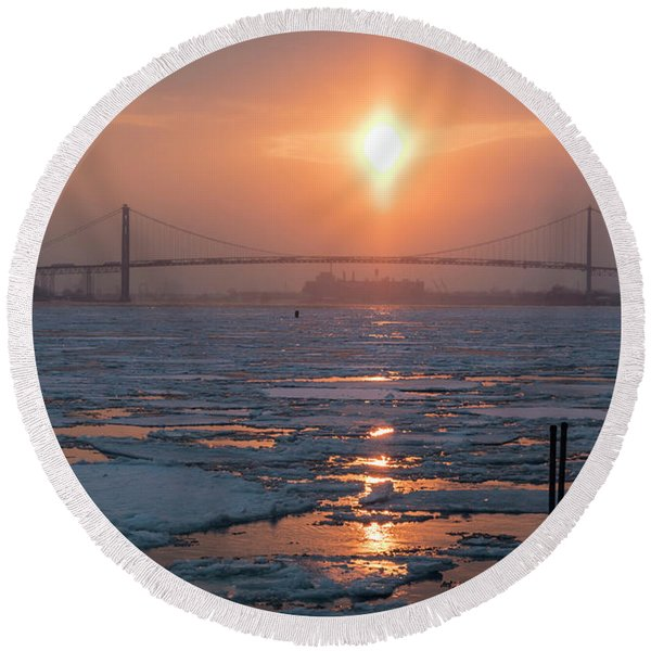 Detroit River Sunset Round Beach Towel