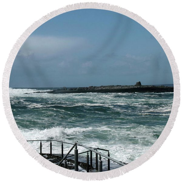 Doolin Waves Round Beach Towel