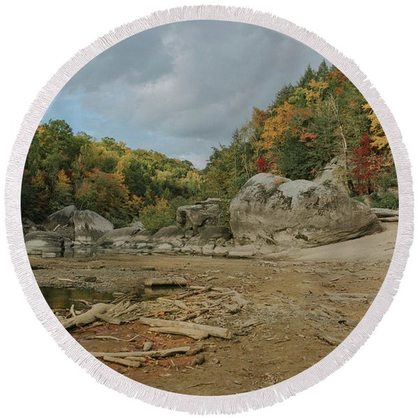 Downstream From Cumberland Falls Round Beach Towel