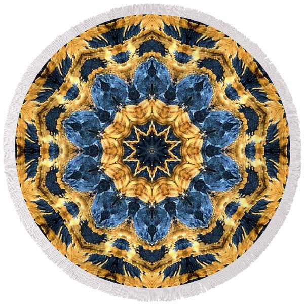 Dripping Gold Kaleidoscope Round Beach Towel