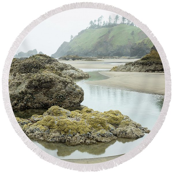 Round Beach Towel featuring the photograph Ecola Tidepool by Tim Newton