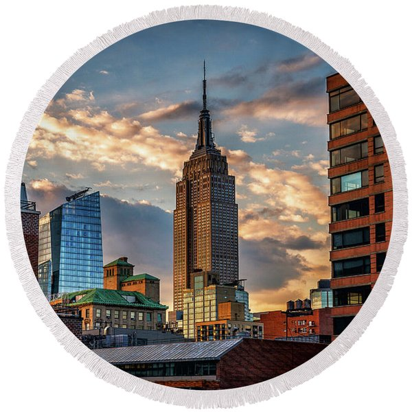 Empire State Building Sunset Rooftop Round Beach Towel