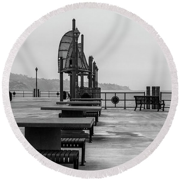 Round Beach Towel featuring the photograph Empty Pier by Michael Hope