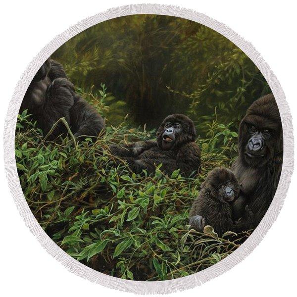 Family Of Gorillas Round Beach Towel
