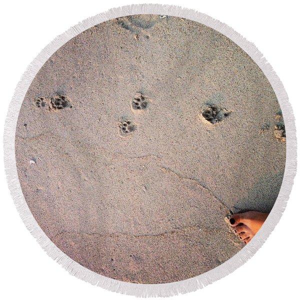 Feet Around The World #31 Round Beach Towel