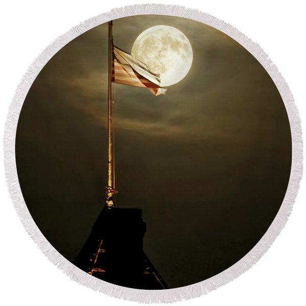 Flag And Moon -01 Round Beach Towel