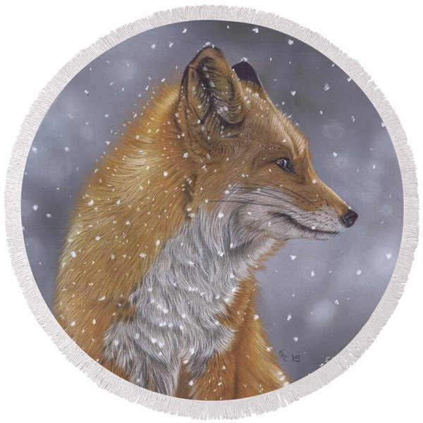 Fox In A Flurry Round Beach Towel