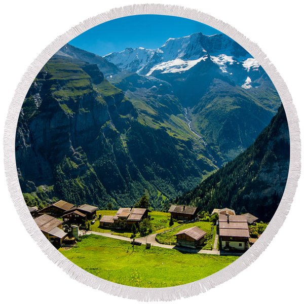 Gimmelwald In Swiss Alps - Switzerland Round Beach Towel