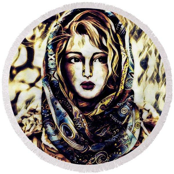 Girl In Hijab Round Beach Towel