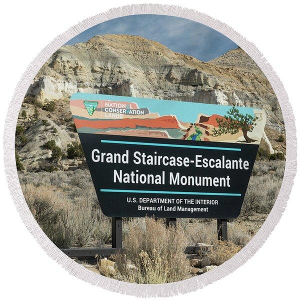 Grand Staircase Escalante Sign Utah Round Beach Towel