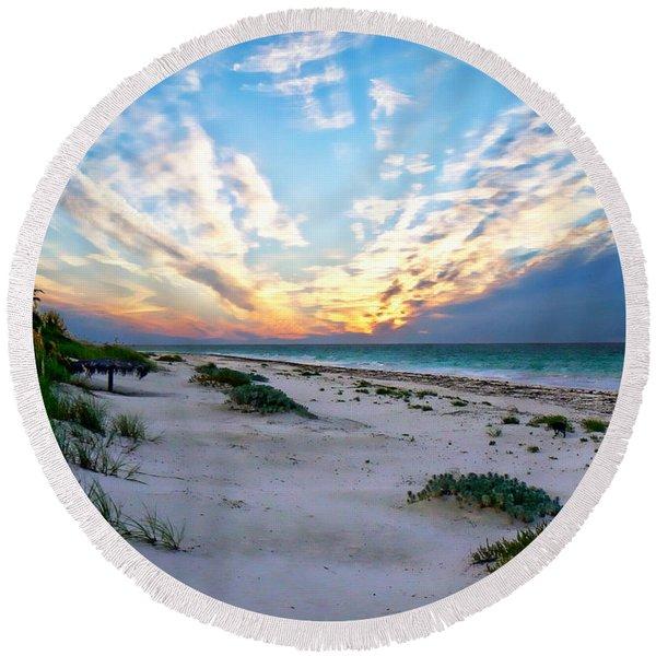 Harbor Island Sunset Round Beach Towel